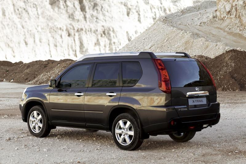 nissan x-trail t31 generasi kedua 2008-2013