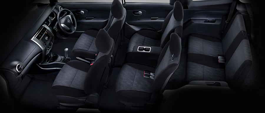 mobil-bekas-Nissan-Grand-Livina-X-Gear-2013