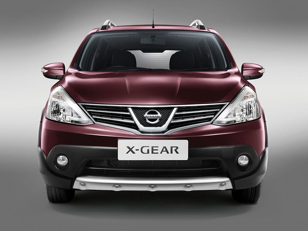 harga mobil bekas nissan all new livina x-gear 2013