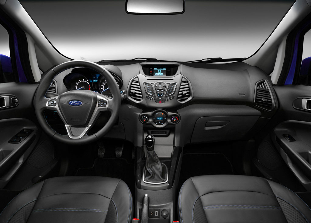 ford ecosport tahun 2014 interior
