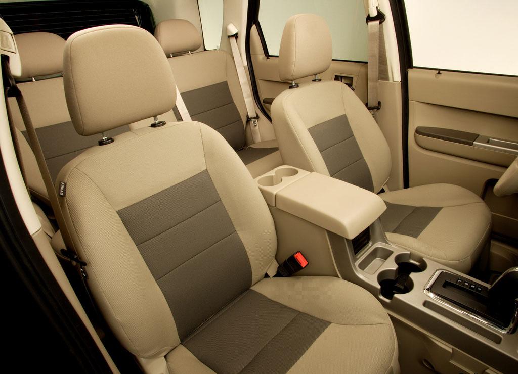 ford escape generasi kedua tahun 2006-2008 interior cabin