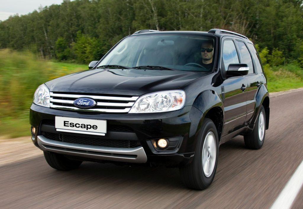 ford escape generasi ketiga tahun 2008