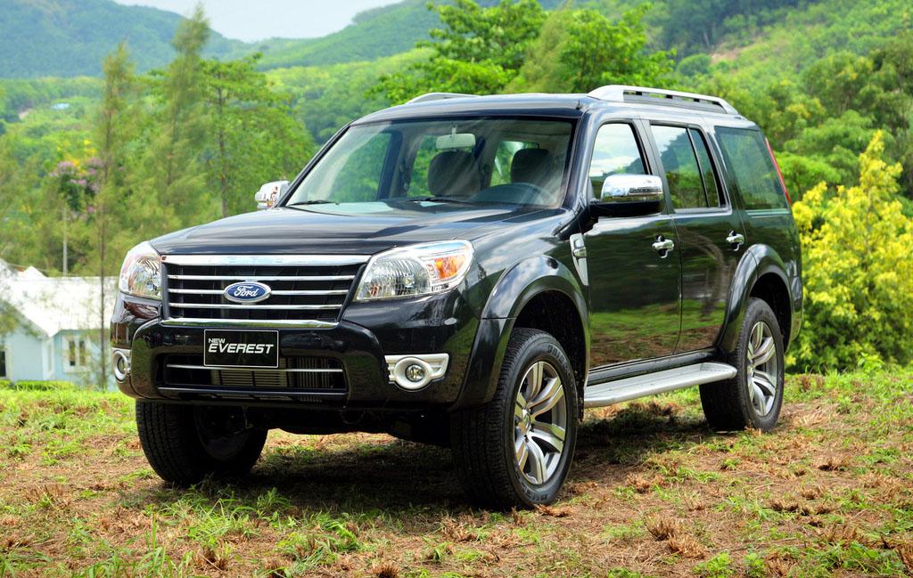harga mobil bekas ford everest gen 2 facelift tahun 2009-2012