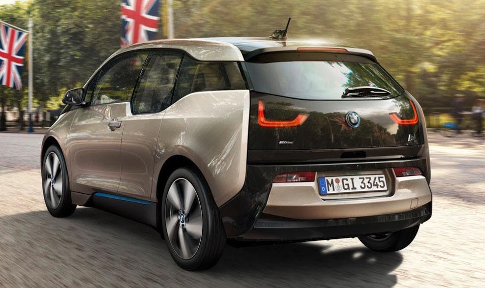 review mobil listrik BMW i3s tahun 2019 eksterior belakang
